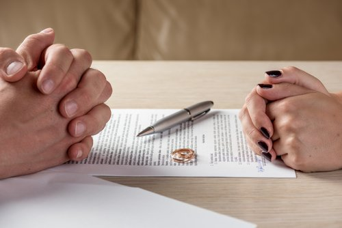 Uncontested divorce can be a good option for both people