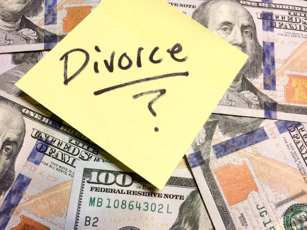 what's the cost of divorcing?